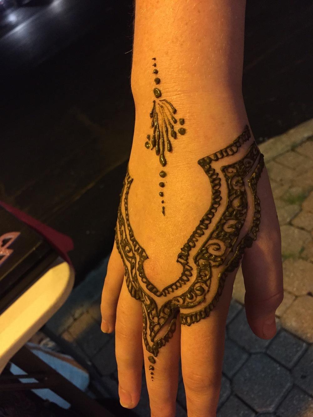 Gallery - Henna Hand.jpg