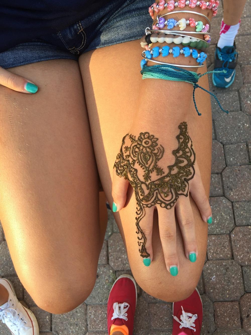 Henna - hand design.jpg