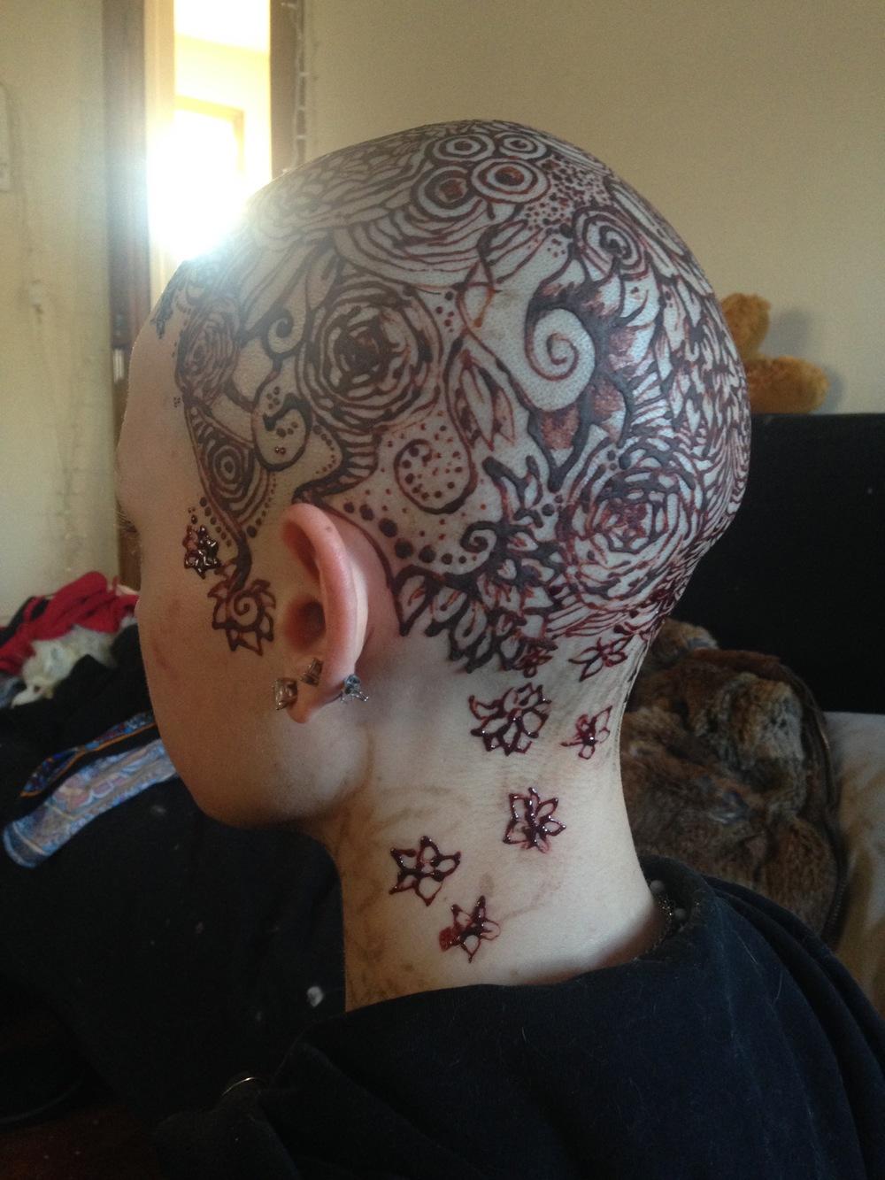 Henna - head flowers.jpg