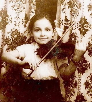 Tatiana with violin small.jpg