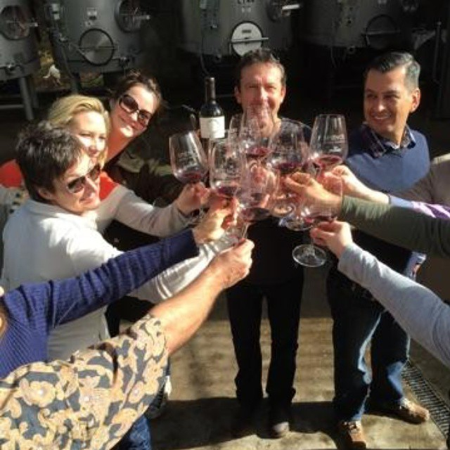Toast! @tedosborne @carolinevance @christianvance1 @beatallpoppy @scottandlydia @spencevineyards  (at Spence Vineyards)