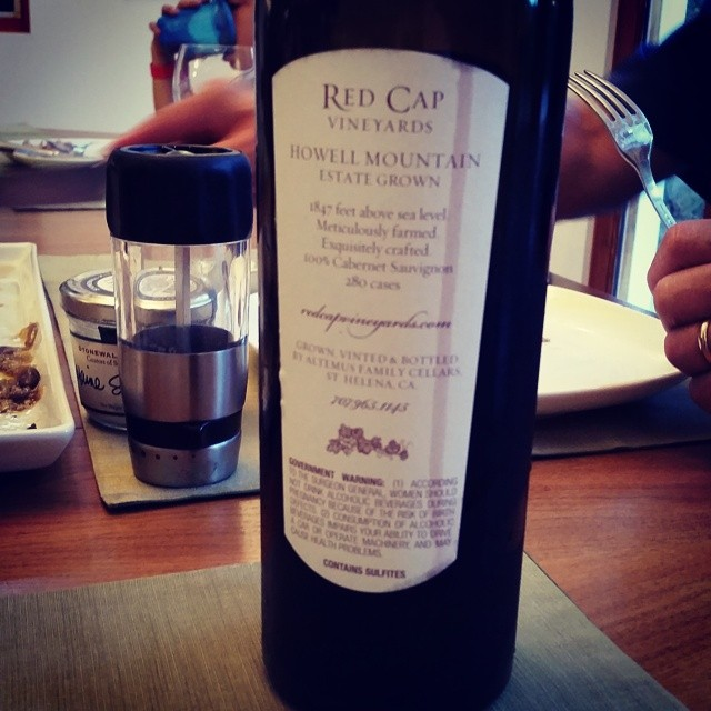 Red Cap in the house!!!!! @redcapvineyards @howellmntman @thehowellmonk  (at Eat+Drink Supper Club)