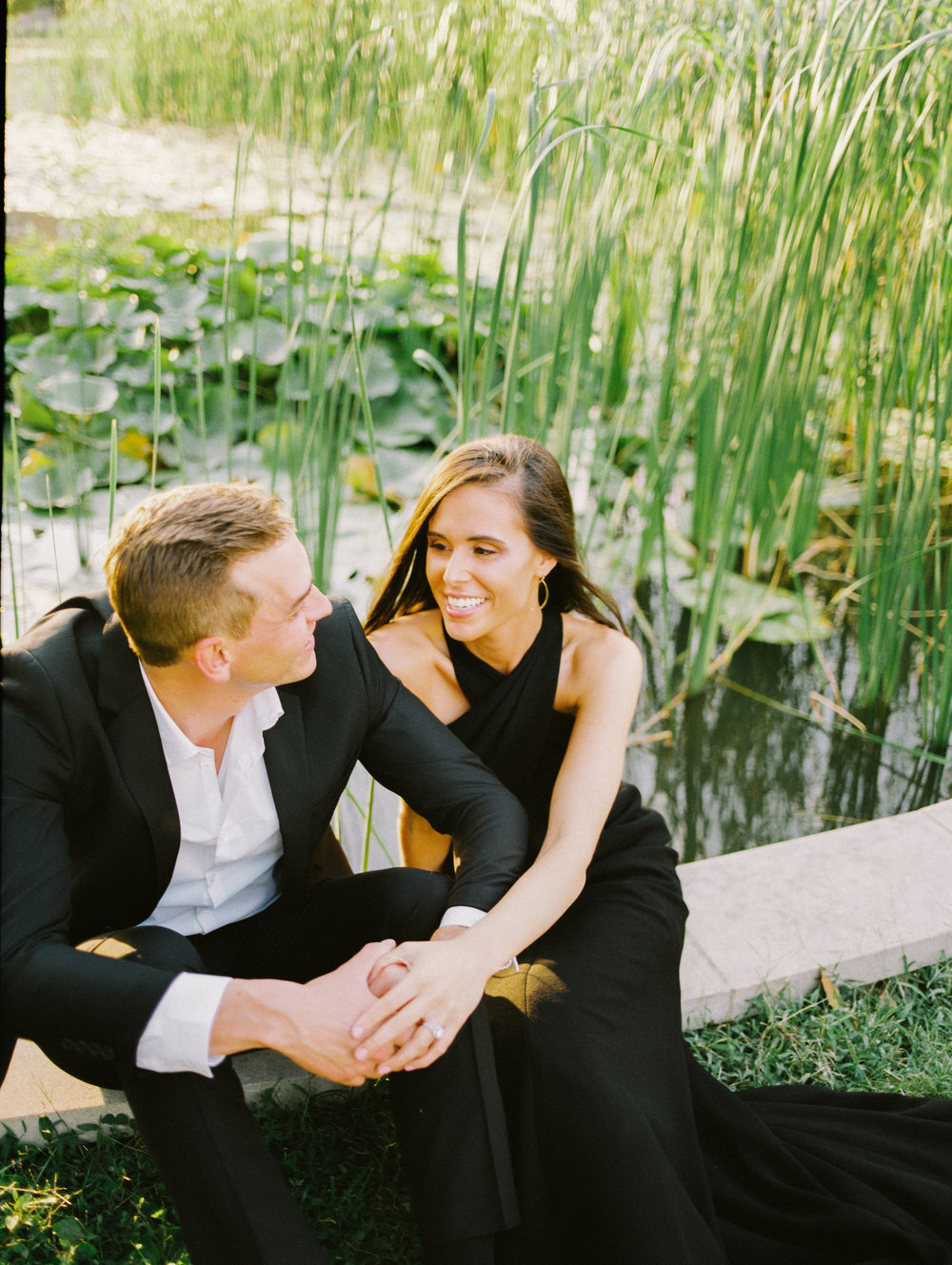 An elegant St. Louis, Mo engagement session with Ashley Pieper Photography. Cristina and Will are a match made in heaven. They are giggly and fun and totally in love! St. Louis based traveling and destination wedding photographer for the genuine and creative couple in love.