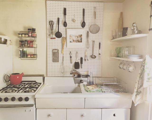 Backsplash Artsy Kitchen.JPG