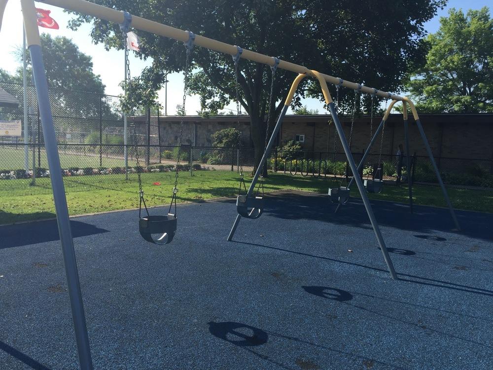 Swings at John Burns Park
