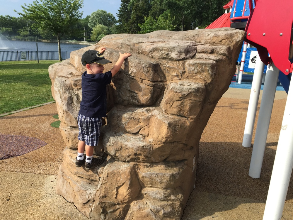 Rock climb at Phelps Lane Park