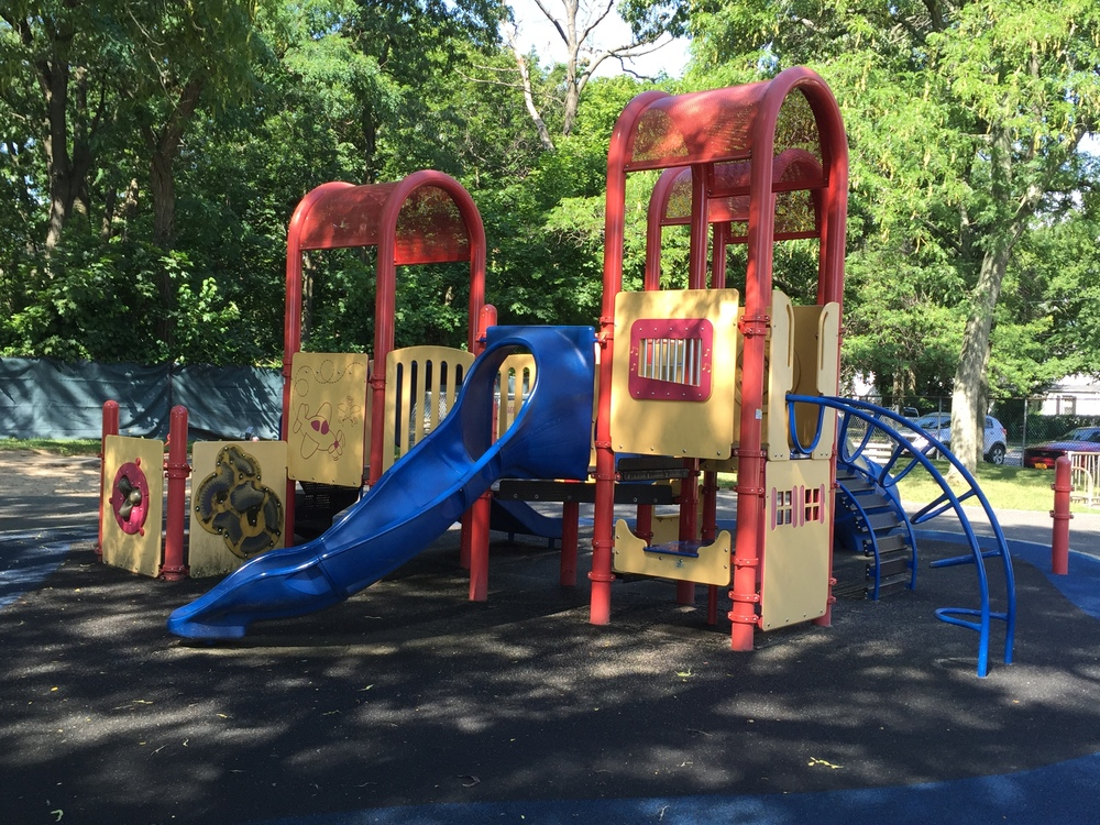 Playground at Smith Street Park