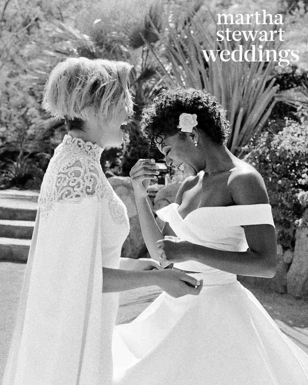 samira-wiley-lauren-morelli-wedding-firstlook-103016861_vert.jpg