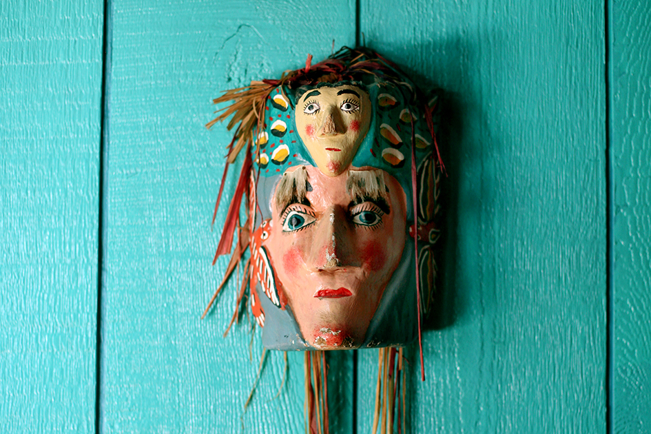 casita del campo-silver lake-art-mask