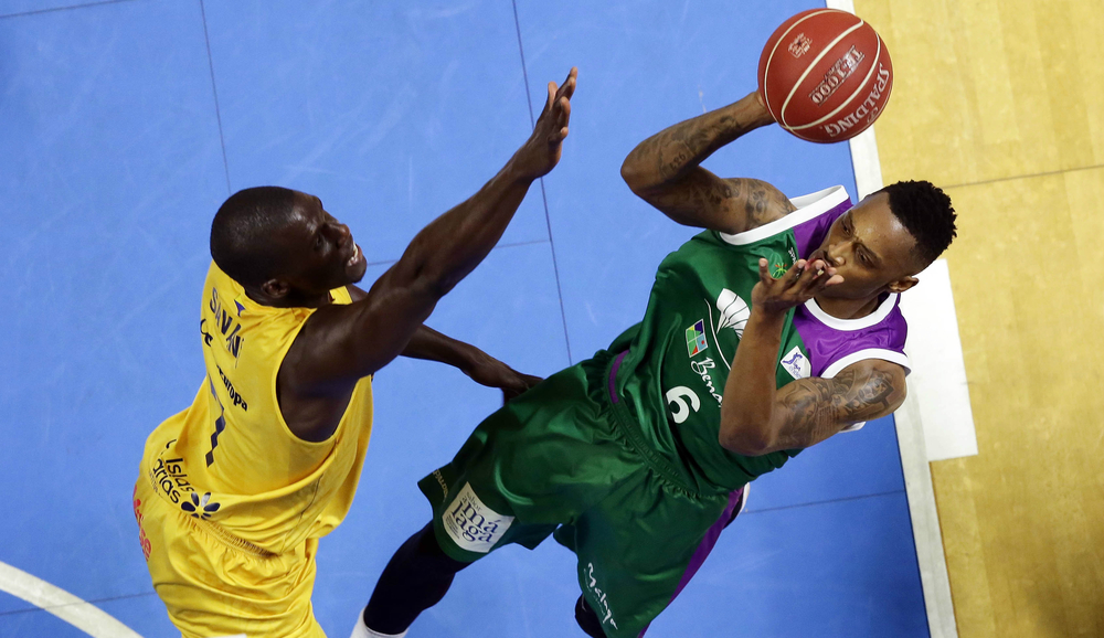 Kenny Hayes - Pro Basketball Player Unicaja Malaga (Euroleague)