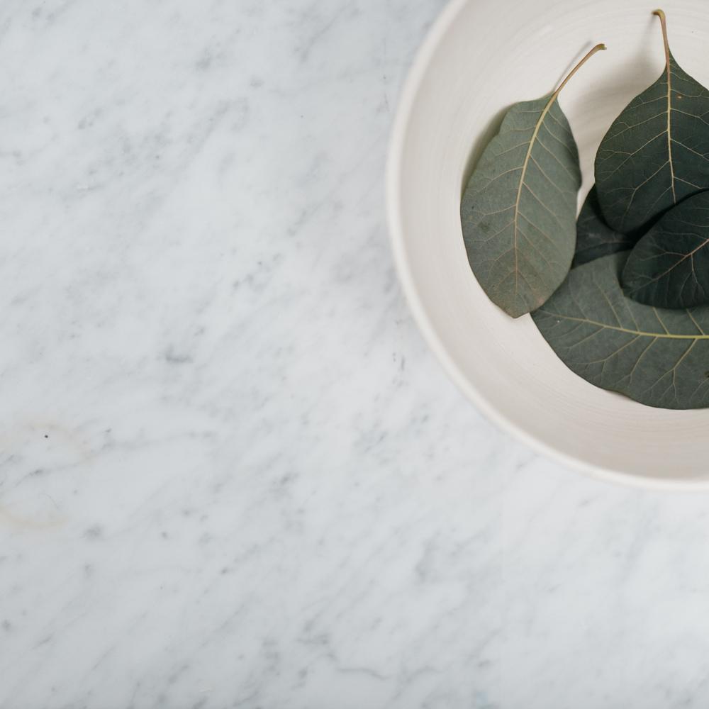 serving bowl detail- matte white
