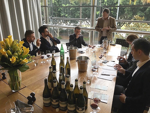 Lindsay McCall presenting his Paringa Estate Wines and philosophy to Sydney Sommeliers.