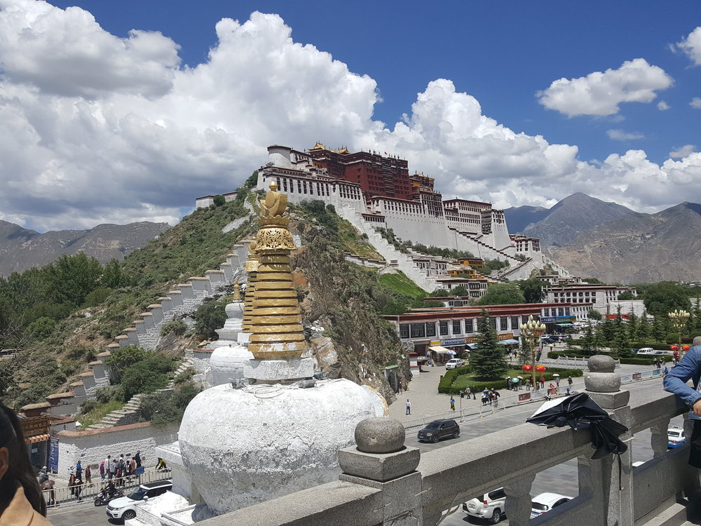 Image: Potola Palace in Tibet. Image taken by Mukan Ji.