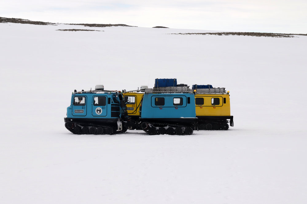 Blue and yellow Hägs enroute to sampling site.