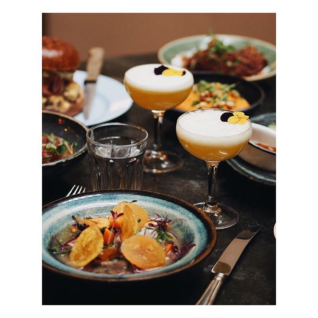 Going up on a Wednesday #ceviche #piscosours via @kseniaskos #wednesdaymotivation