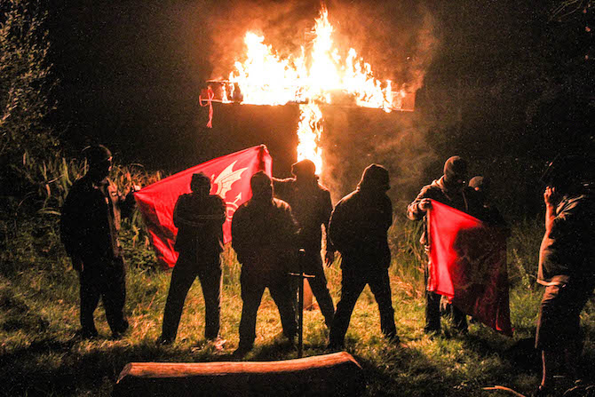 White Nationalists are burning crosses outside London // VICE 2014