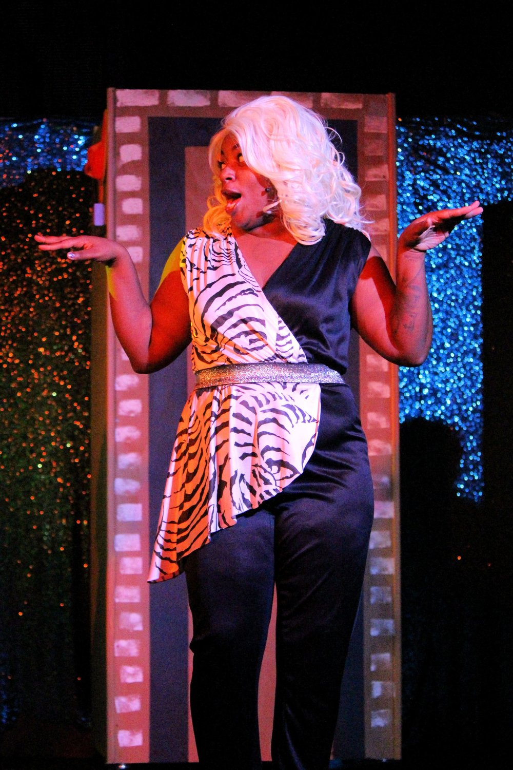 Ara-Viktoria Goins as Motormouth Maybelle.