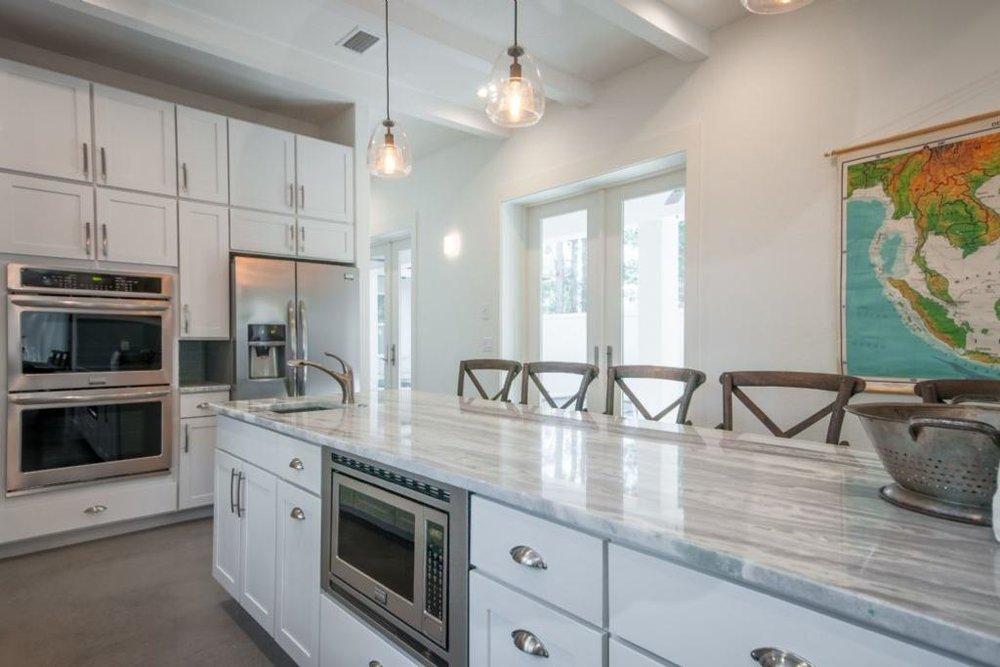 kitchen_alternate_view.jpeg