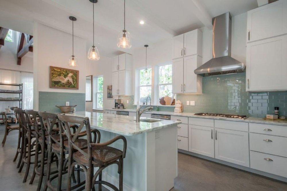stunning_kitchen.jpeg