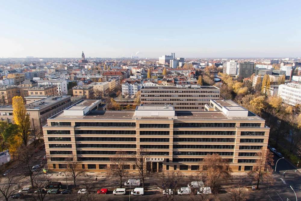 1 Technische Universität Berlin Marchstrasse.jpg