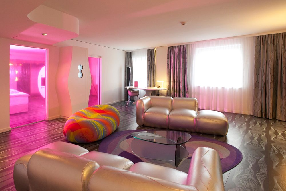 15 nhow Hotel Berlin Präsidenten Suite.jpg