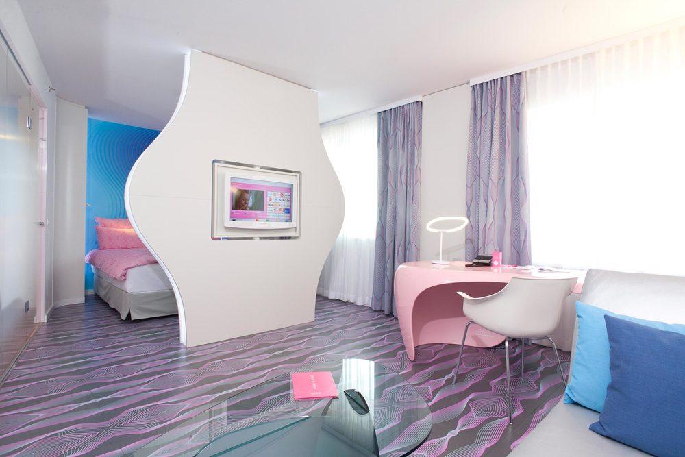 18 nhow Hotel Berlin Suite 2.jpg