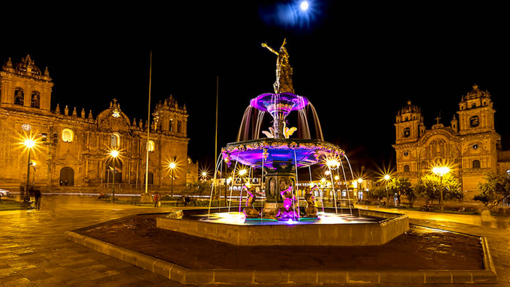 cusco night banner.jpg