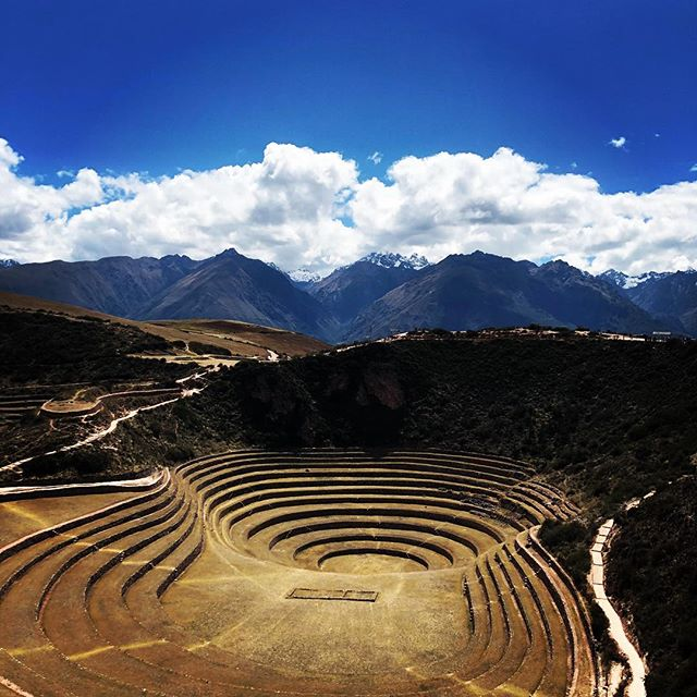Visit one of the most amazing espiritual places on the sacred valley of the Incas #moray we are ready to take you there!! #camp #inca #peru #cusco #travel #foto #instalike #igersperu #machupicchu #travelphotography #walking #mountain #valentinspachamamajouneys