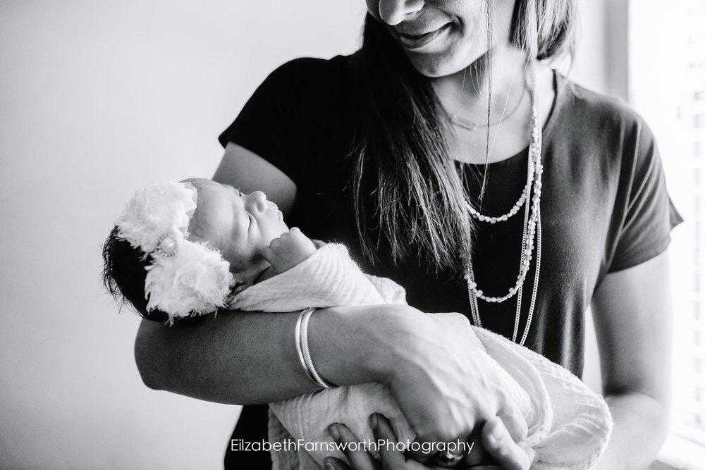roanoke_baby_photographer_big_sisters