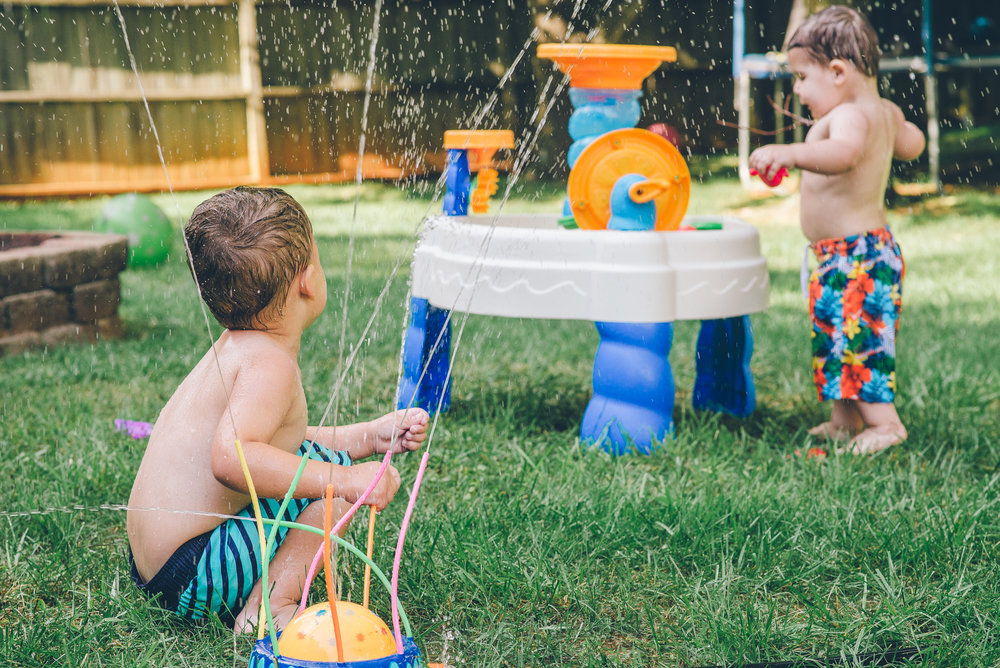 family-photographer-lynchburg-boys-outside-play