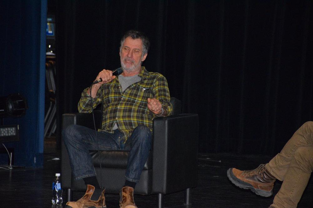 Robert Morin lors de la conférence au Cégep de Drummondville le 18 avril dernier (crédit photo : Cégep de Drummondville - service des communications)