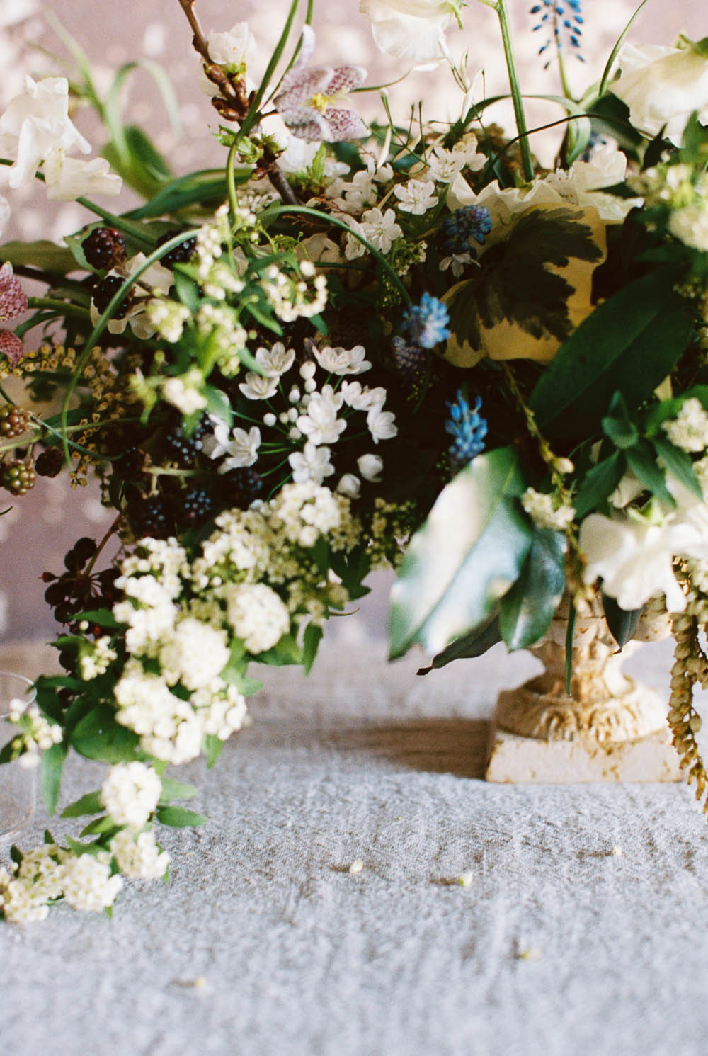 WEB_nashville_rainy_day_engagement_session_WEB_ginny_au_workshop_alabama_wedding_photojournalist_2015abigailbobophotography0011_1000.jpg