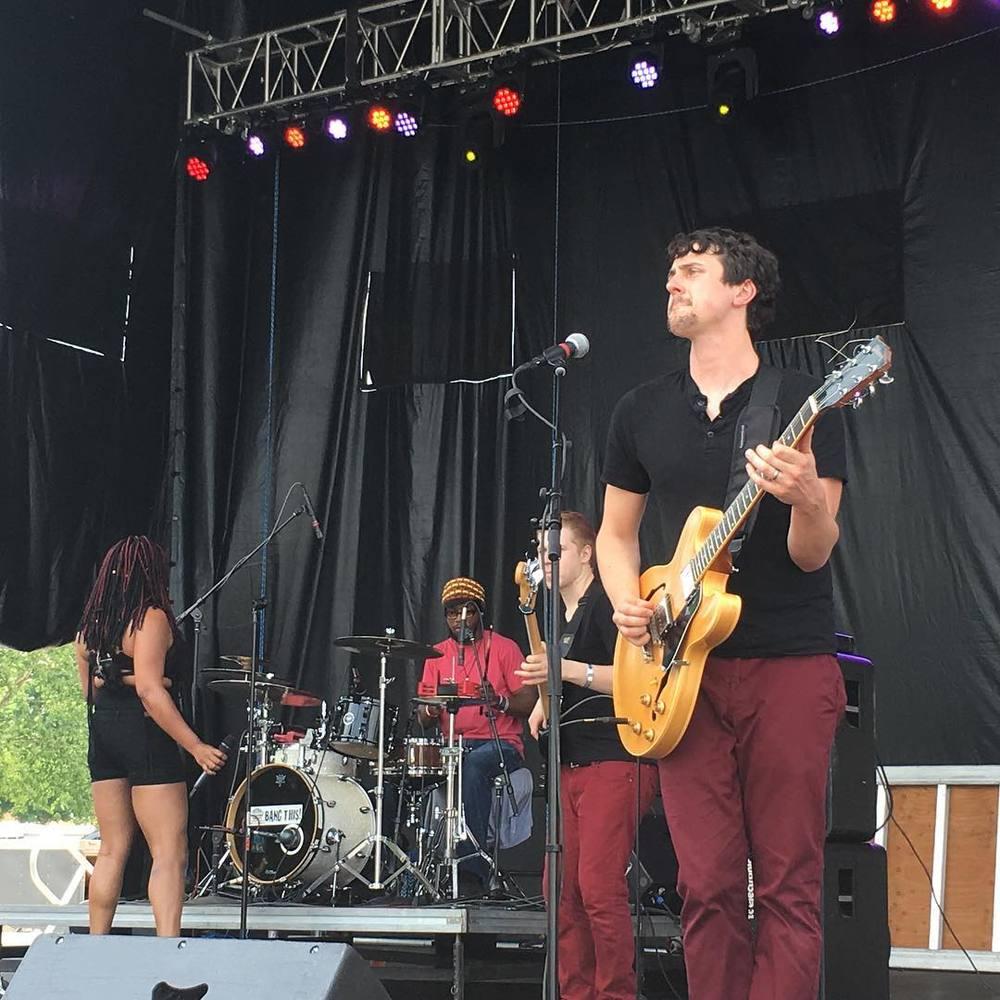 w/ MojoFlo @ Nelsonville Music Fest