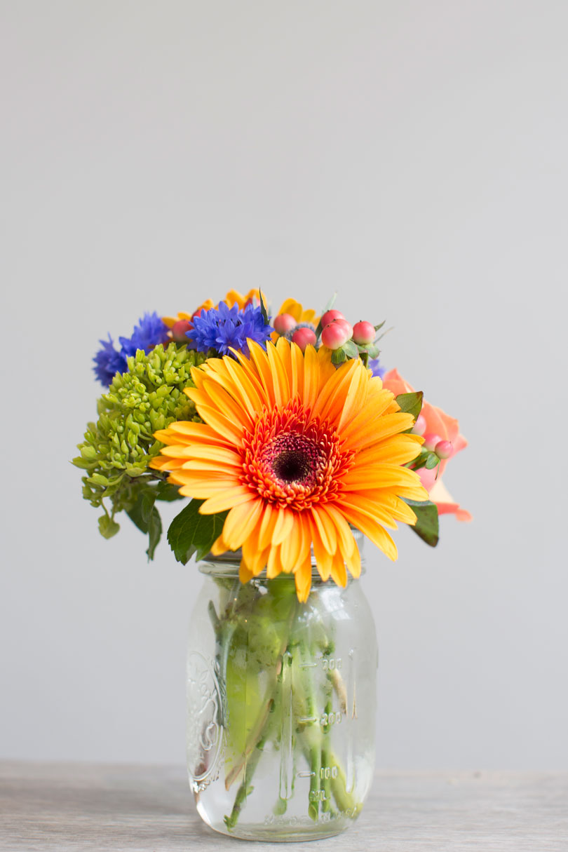 Post Road Flowers Mason Jar Arranagement.jpg