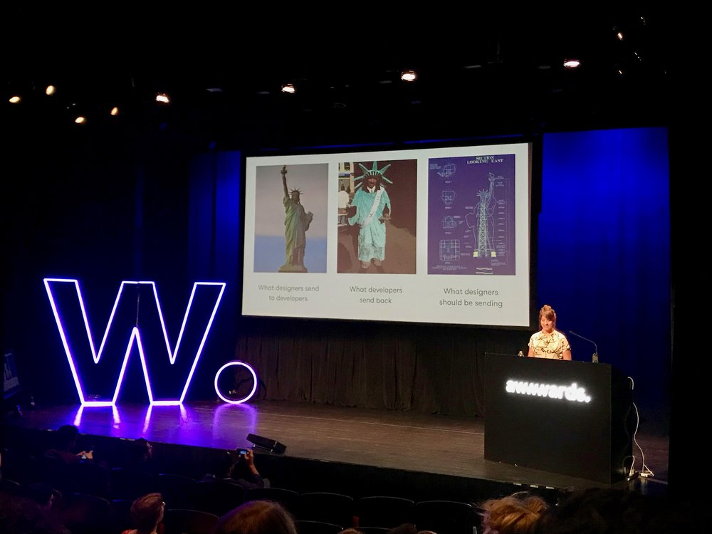 Meagan Fisher是個設計兼前端的全端設計師,她用自由女神圖來比擬設計跟工程協作會發生的狀況XD