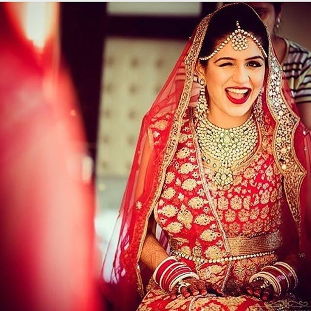 Check this beautiful bride sporting the #montyislivewinkface ;) shared by @salonishahhh