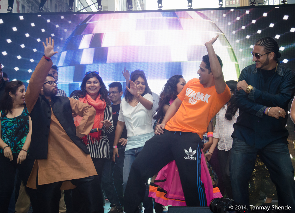 with bhuvan of shiamak during diwali @ times square