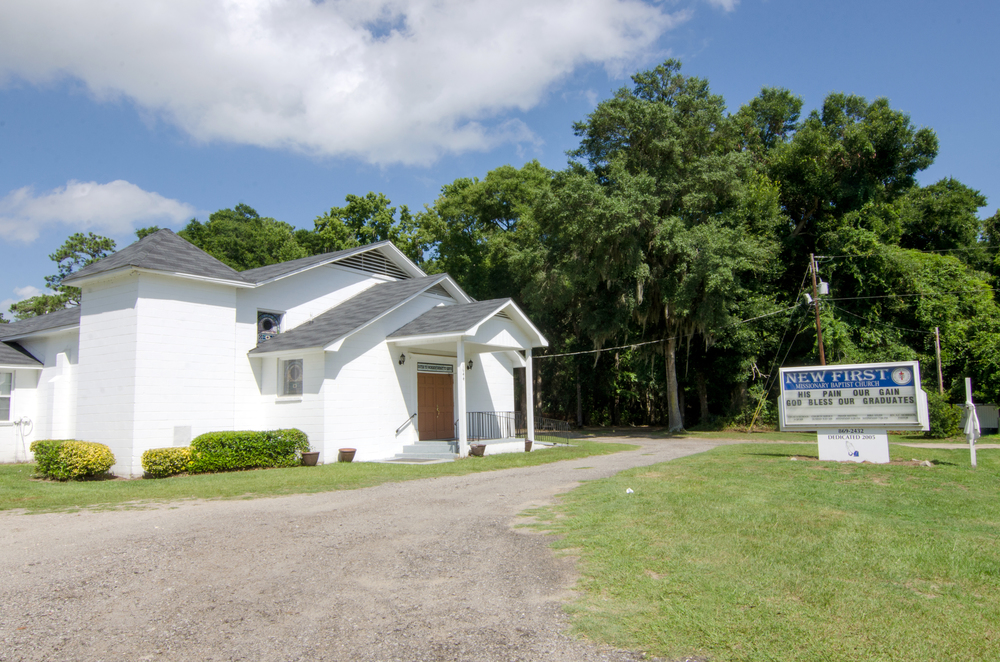 New First Missionary Baptist Church  1644 Hwy. 174 Edisto Island, SC 29438 843-631-5040 ______________________________  Sunday School—8:30am Worship Service—9:45am  Rev. Albert (Chick) Morrison    www.newfmbc.org