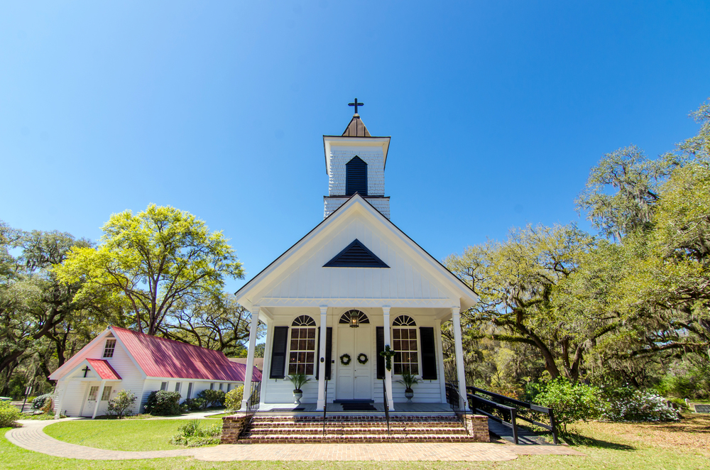 Trinity Episcopal Church  1589 Hwy. 174 Edisto Island, SC 29438 843-869-3568 ________________________  Traditional/Adult Choir—8:00am Fellowship Breakfast—9:00am Sunday School—9:30am Blended/Church Band—10:30am  Rev. Weyman (Wey) Camp    www.trinityedisto.com