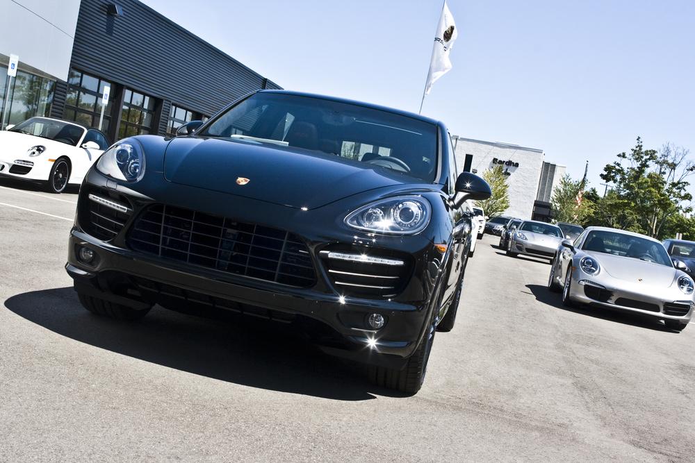 PorscheDealer1.jpg