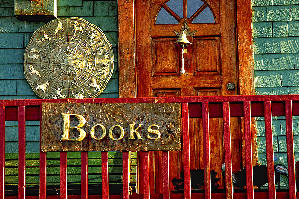 Bookstore - Nye Beach Oregon & Doors \u0026 Windows \u2014 Bill Ernst Photography