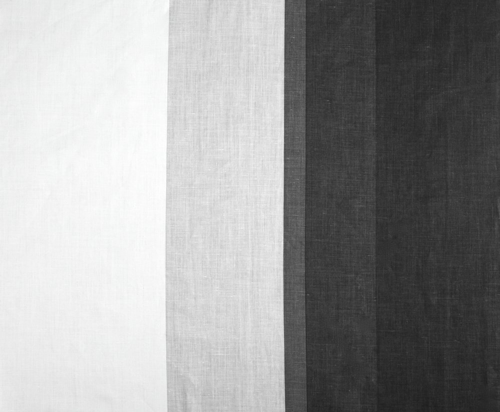 OMBRE | BLACK ON IVORY LINEN