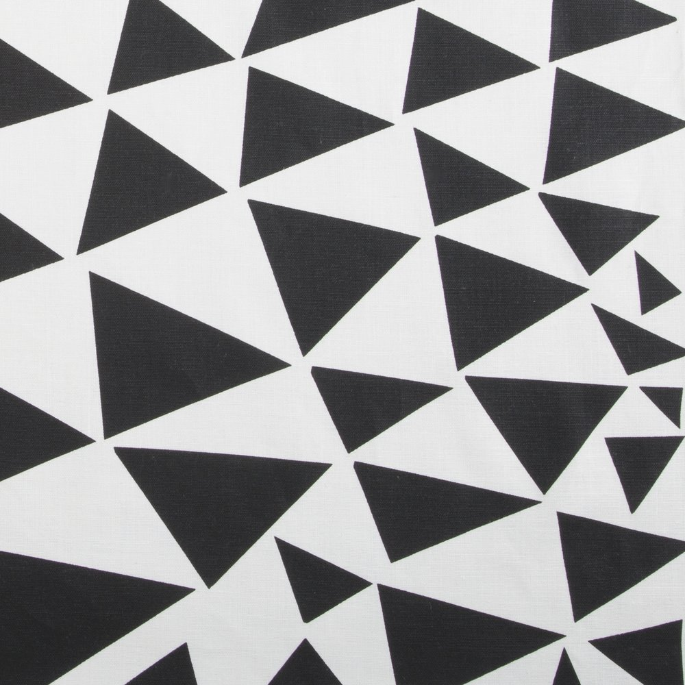 TRIANGLES | BLACK ON IVORY LINEN