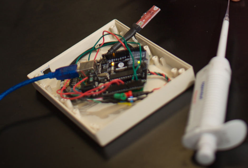 The first prototype of the cortisol sensor. (Photo courtesy of Florida International University)