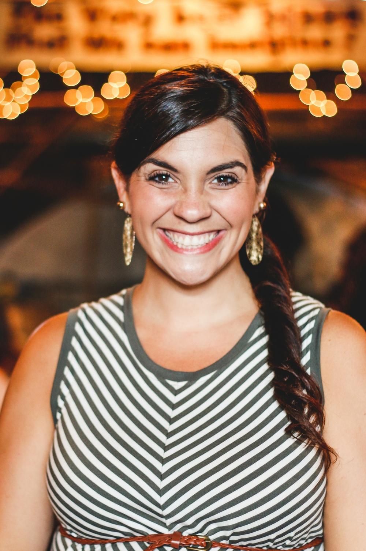 Lauren, Manager