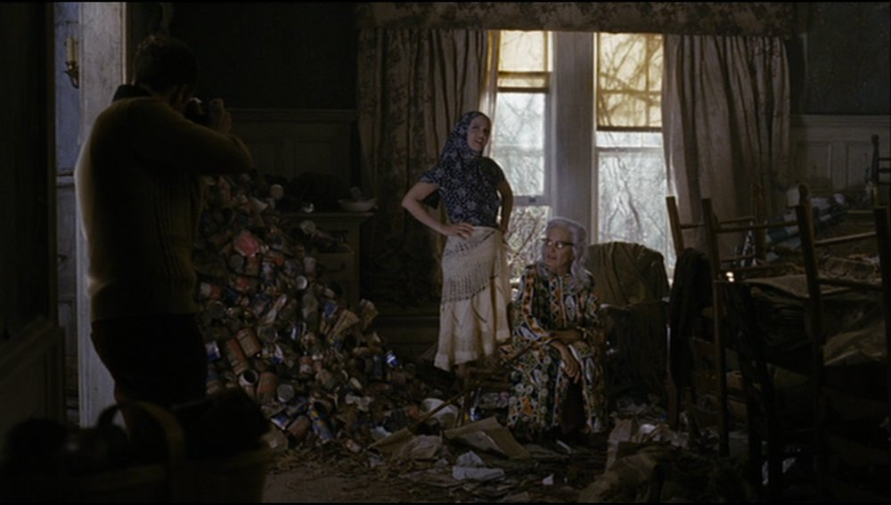 Michael Sucsy, director. Grey Gardens. HBO Films, 2009.