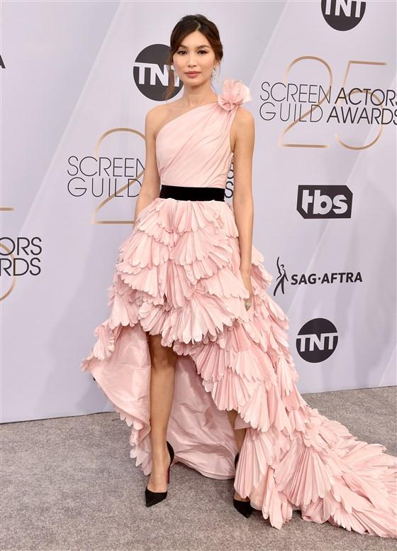 Gemma Chan in Oscar de la Renta