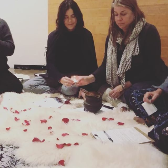 It was a beautiful evening of sacred sisterhood last night @thewhole9gallery (our new monthly home:)! We released 2018 with fire and welcomed 2019 with intentions. ✨This is going to be an AMAZING year! ✨ #sisterhood #sacred #intentions #fire #goodbye2018 #2019 #circle