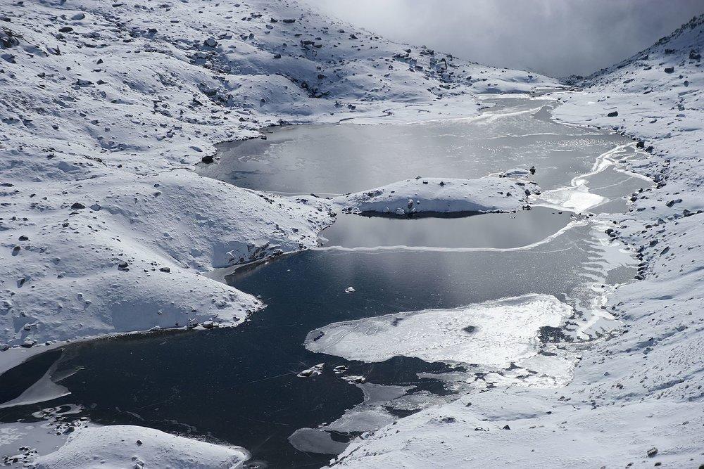 Lake_Albina,_Main_Range_Track,_Kosciuszko_National_Park_22.jpg