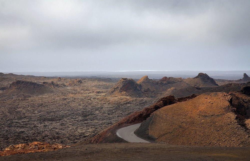 Lanzarote;_Canary_islands;_Timanfaya_National_Park.jpg